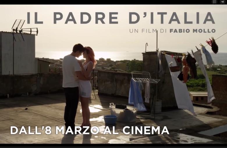 Stasera_in_TV_Viblix_guarda_ilfilm_trailer_Il_padre_d'Italia_in_streaming_su_iVid_TV_Italia_online_gratis_video_al_cinema_Italia_2017_tvweb_viblix_movie_trailer oggi