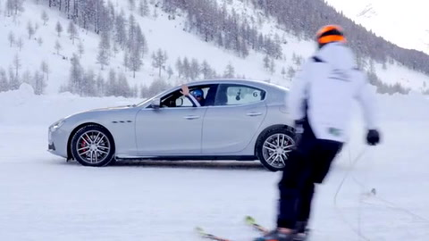 Maserati - Alex Fiorio e Giorgio Rocca al ghiacciodromo di Livigno