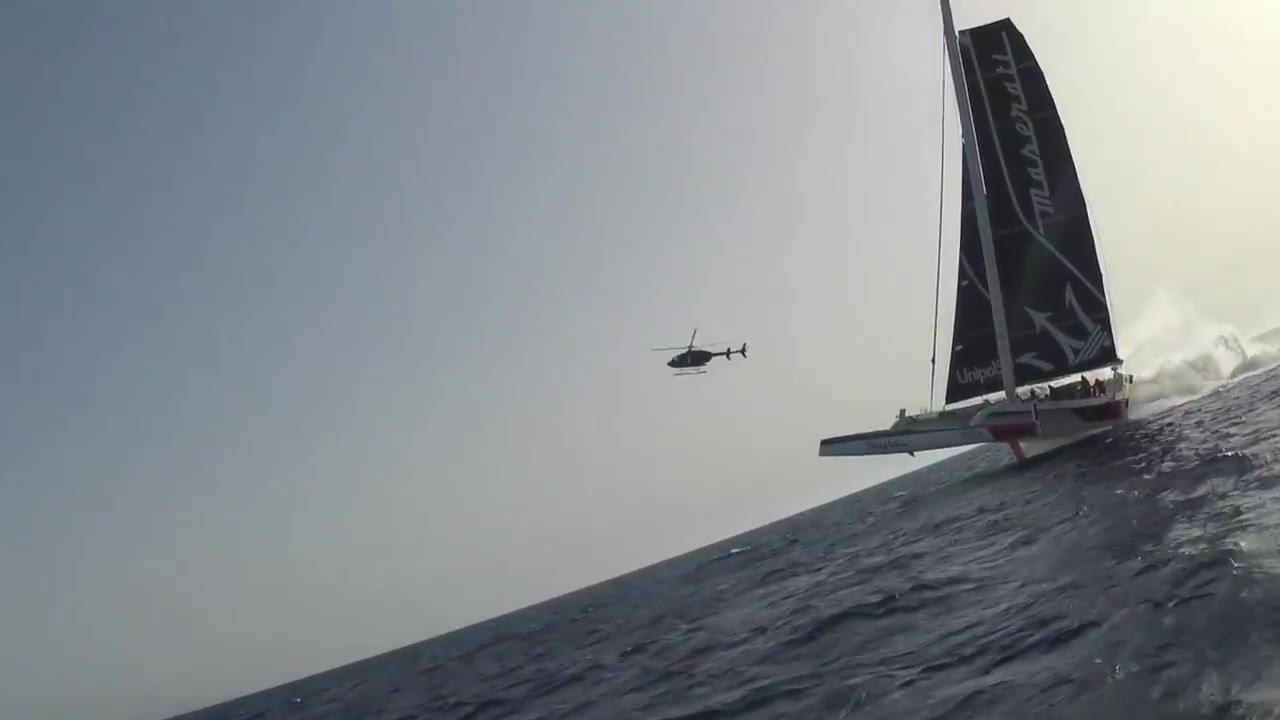 MaseratiMulti70 - Flying on the waves