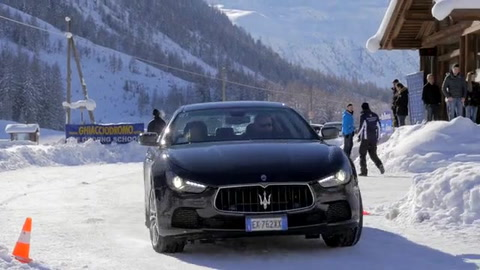 Maserati - Drive on ice Snow experience Livigno